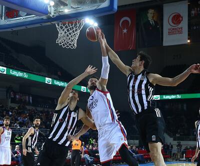 Kupada ilk finalist Anadolu Efes