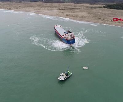 Gemi kurtarma çalışmaları havadan görüntülendi