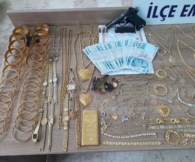 Kuyumcudan 40 kilo altın ve 750 bin lira çalan 3 kişi yakalandı