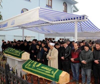 Karadeniz'de batan teknede ölen 2 balıkçı son yolculuğuna uğurlandı