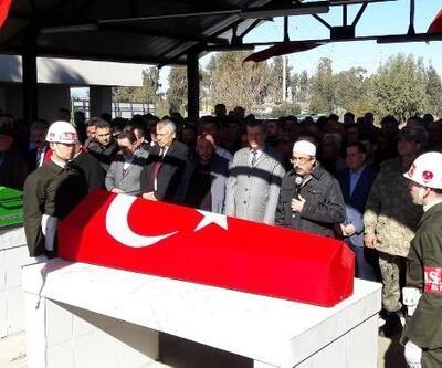 Askere uğurlanırken kazada ölen genç için askeri tören