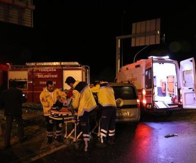 Bolu'da otomobil ile hafif ticari araç çarpıştı: 9 yaralı