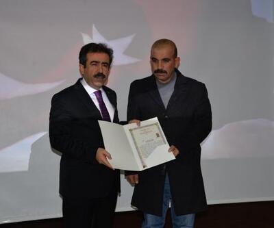 Diyarbakır'da teröristleri etkisiz hale getiren güvenlik güçlerine başarı belgesi