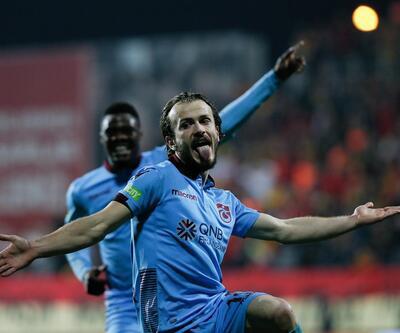 Trabzonspor'un Türk futboluna yeni hediyesi: Abdulkadir Parmak