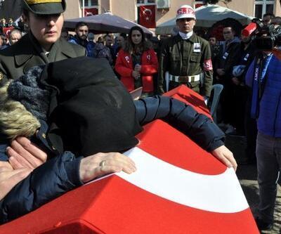 Şehit Uzman Çavuş Mehmet Han'ı son yolculuğuna 5 bin kişi uğurladı