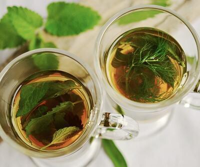 Bitki çaylarıyla ilaç içmeyin