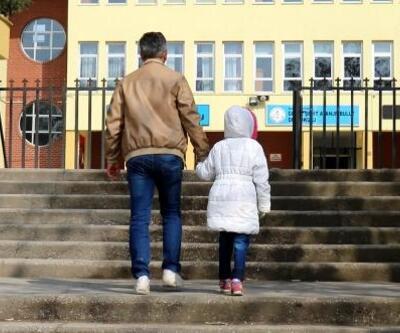 'Öğretmenin kızıp, yanağını sıktığı öğrenci okula gitmek istemiyor' iddiası