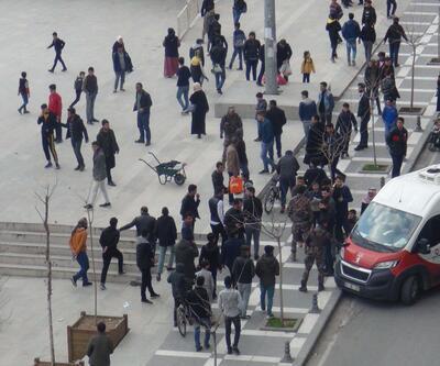 Kent meydanında tekme tokat kavga ettiler: 5 gözaltı