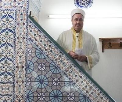 'Şair imam', şiirlerini kitapta toplayacak