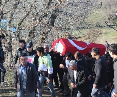 Uşak'ta trafik kazası sonucu hayatını kaybeden polis toprağa verildi