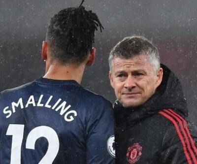 İngiltere'de bir saldırı da Manchester United'lı Chris Smalling'e