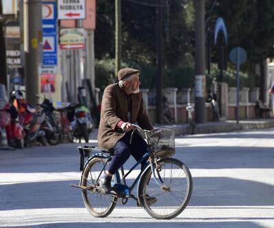 Bu ilçede 7'den 70'e herkes bisiklete biniyor