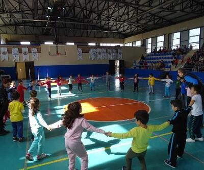 Havran'da Geleneksel Çocuk Oyunları Şenliği başladı