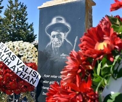 Aşık Veysel, vefatının 46'ncı yılında mezarı başında anıldı