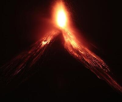 Fuego yanardağı için alarm seviyesi artırıldı