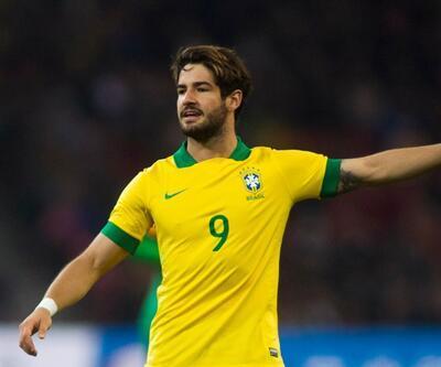 Pato, Sao Paulo'ya transfer oldu