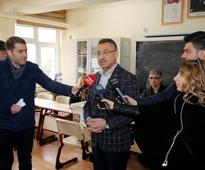 Ankara'da siyasiler sandık başında