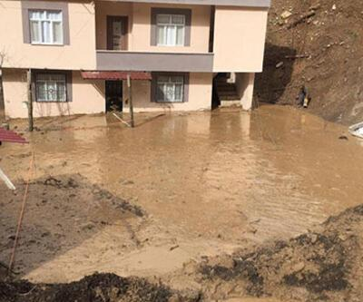 Şırnak'ta heyelan! Evler toprak altında kaldı