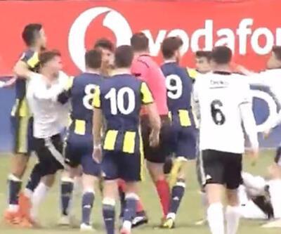Beşiktaş - Fenerbahçe maçında gerginlik