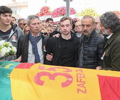 Yılmaz Erdoğan, Zafer Çika'yı unutmadı!