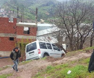 Diyarbakır'da kaza; anne ve bebeği yaralı