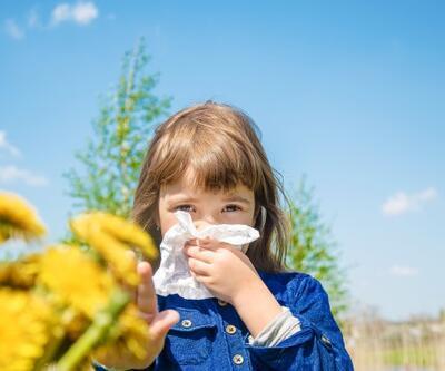 """Alerjik astım hastalarına """"polen aşısı"""" tavsiyesi"""