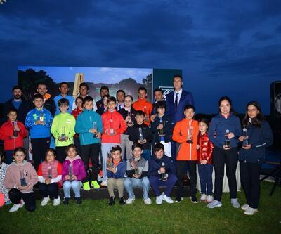 23 Nisan'da Kemer Country'de kortların ve golf sahalarının sahibi çocuklar oldu!