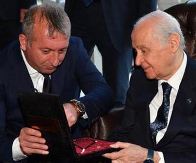 MHP lideri Bahçeli'ye özel tespih