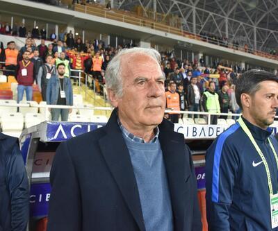 Mustafa Denizli: Dürüstler ama cesur değiller