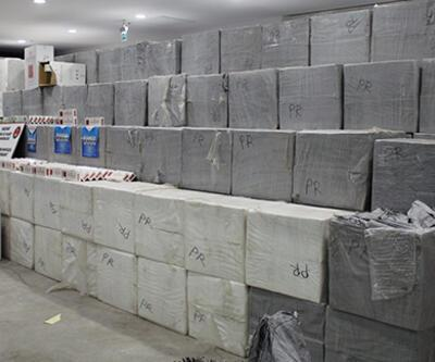 Sarp'ta 627 bin 500 paket kaçak sigara ele geçirildi