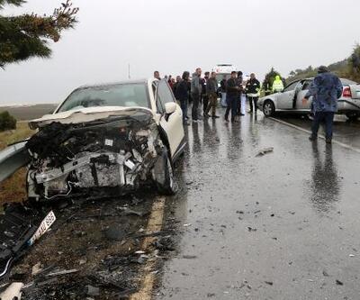 Otomobille cip çarpıştı: 2'si turist 6 yaralı