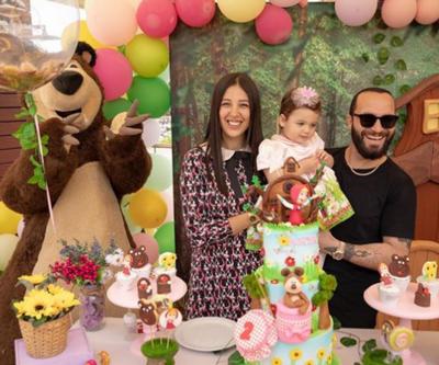 Berkay ve Özlem Ada Şahin'in kızı Arya'ya erken kutlama