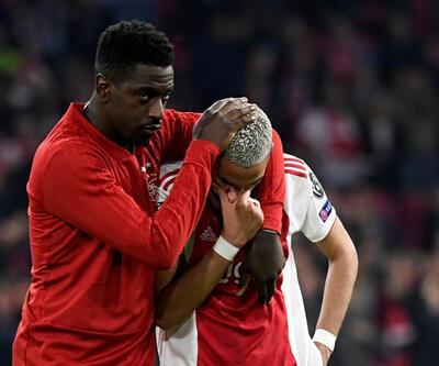 Ajax'ta futbolcular gözyaşlarına boğuldu