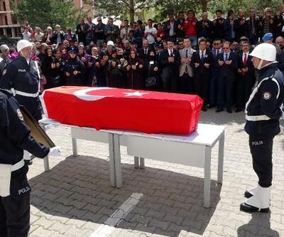 Şehit polis için Bayburt'ta hazin tören
