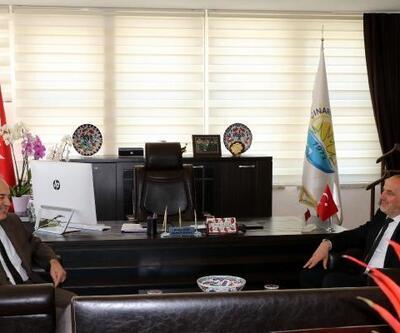 Vali Erol, Başkan Soyer'i ziyaret etti