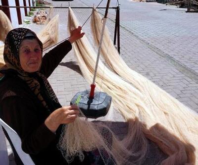 70 yaşındaki kadın, 40 yıldır balıkçılık yapıyor