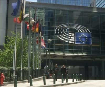 Avrupa Birliği dağılıyor mu?