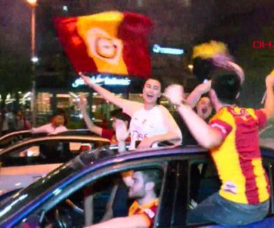Galatasaray taraftarı tüm Türkiye'de meydanlardaydı