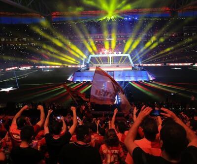 Galatasaray'ın şampiyonluk kutlaması CANLI İZLE