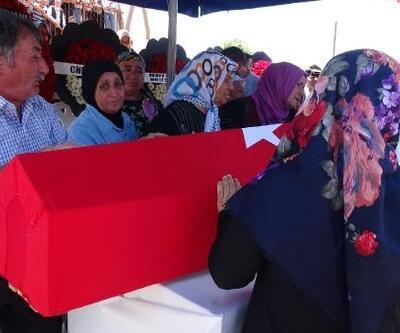 Şehit uzman onbaşı, gözyaşlarıyla son yolculuğuna uğurlandı