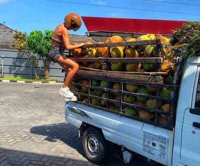 Buse Narcı, Bali'de yol kesti