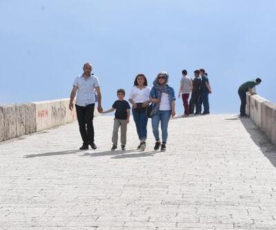 Kırıkkale'de tarihi köprüye ziyaretçi akını