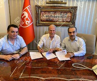 Mustafa Denizli Traktör Sazi'de