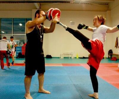 Engel tanımadı; hem kariyer yaptı hem de kick boksta başarıya imza attı