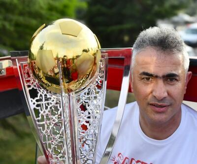 Mehmet Altıparmak Akhisarspor'da