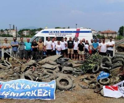 Dalyan Kanalı temizlendi, 20 traktör römorku atık çıktı