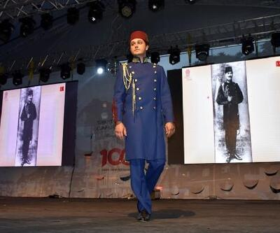 Amasya'da Atatürk'ün kıyafetleri defilesine ilgi