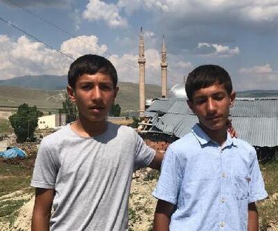 Köyün gururu olan ikizler adlarını dünyaya duyurmak istiyor
