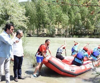 Çatak'ta rafting sezonu başladı