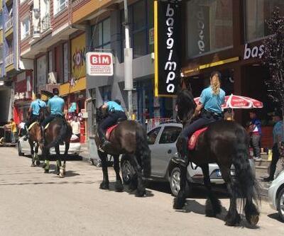 Atlı polisler Kızılcahamam'da